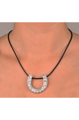 -horseshoe- necklace