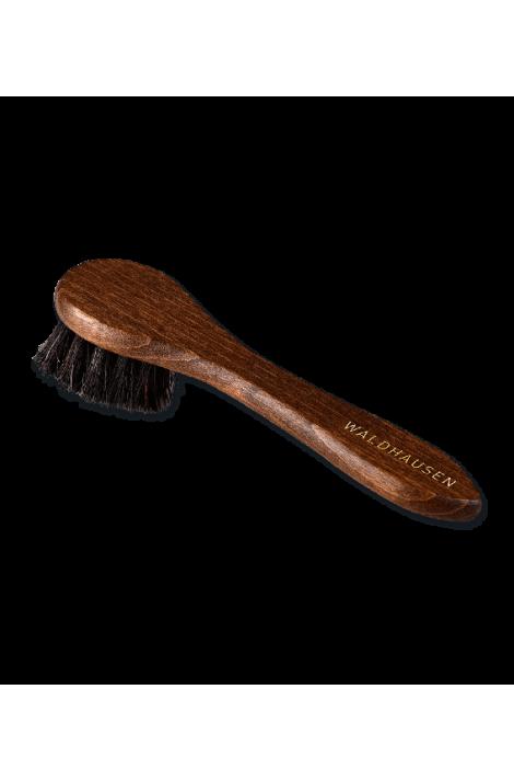 cream brush -exclusive-